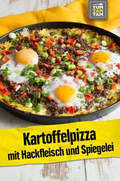 Kartoffelpizza mit Hackfleisch und Spiegelei We have tried many different types of pizza, but this d Egg Recipes, Pizza Recipes, Huevos Fritos, Carne Picada, Food Trends, Grilled Meat, Mediterranean Recipes, Breakfast Recipes, Brunch