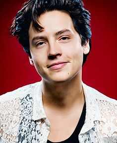 Discover recipes, home ideas, style inspiration and other ideas to try. Riverdale Archie, Riverdale Cast, Zack E Cold, Cole Sprouse Jughead, Riverdale Cole Sprouse, Dylan And Cole, Dylan Sprouse, Andy Black, Man Crush Everyday