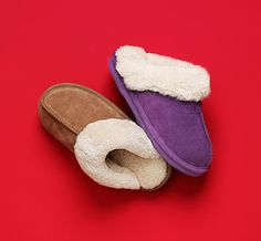 There's sure to be someone on your holiday shopping list that would love to slip into these cute, comfy and cozy BEARBAW slippers. No cold feet, guaranteed!