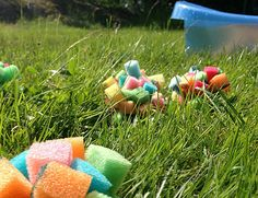 Coold down with sponge balls instead of water balloons. Kids craft DIY.