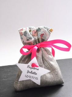 Pochon à dragées lin argenté & en tissu Liberty Art Fabric betsy - Pochon dragées pour baptême, mariage