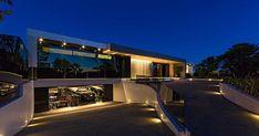 Contemporary Pool House by Ferrugio Design + Associates, Los Angeles, California - http://www.interiordesign2014.com/home-design-ideas/contemporary-pool-house-by-ferrugio-design-associates-los-angeles-california/