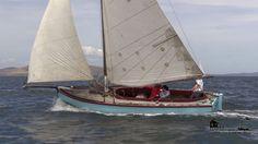 Australian couta boat Sailing Dinghy, Sailing Ships, Sail Boats, Adventure Time, Dyi, Wood, Boats, Sailboats, Woodwind Instrument