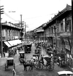 Escolta, the principal business street of Manila, Philippines, early century - Cool Places To Visit, Places To Go, Philippine Architecture, Philippine Holidays, Philippine Art, Philippines Culture, Old Churches, Vintage Pictures, Old Photos