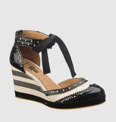 Anna Sui for Hush Puppies Pretty Shoes 1cb57e6672