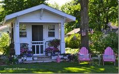 Cottage Cutie - should be right on a lake!