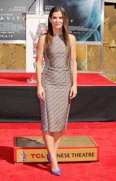 SANDRA BULLOCK Sandra Bullock ya cuenta con su estrella en el Paseo de la Fama de Hollywood, y para asistir a la ceremonia de inducción vist...