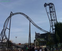 Saw - Thorpe Park London Thorpe Park, Lee And Me, Roller Coasters, London, Places, Summer, Travel, Google Search, Merlin