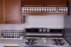 spice-rack-near-stove-organizer.jpg (500×333)