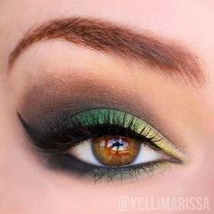 Bold Green Eyes | 9 Fun Colorful Eyeshadow Tutorials For Makeup Lovers