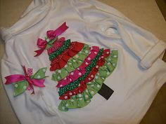 Another cute Christmas tree shirt Christmas Sewing, Christmas Shirts, Christmas Sweaters, Christmas Applique, Handmade Christmas, Holiday Sweater, Christmas Outfits, Christmas Pajamas, Ribbon On Christmas Tree