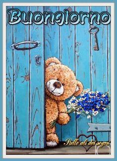 (504) Immagini e Frasi di buongiorno da scaricare gratis - BuongiornoSpeciale.it Tatty Teddy, Bear Illustration, Pintura Country, Bear Cartoon, Cute Teddy Bears, Bear Art, Good Morning Images, Chalk Art, Rock Art