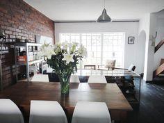 Confessions of a Pretoria Chique - New Lounge Pretoria, Confessions, Conference Room, Dining Table, Lounge, Furniture, Home Decor, Sun, Airport Lounge