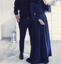 Love each other from you heart Cute Muslim Couples, Cute Couples Goals, Romantic Couples, Cute Couple Images, Cute Love Couple, Muslim Couple Photography, Muslimah Wedding Dress, Wedding Dresses, Photographie Portrait Inspiration