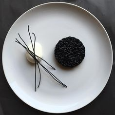 French cuisine is synonymous with refinement and elegance French,France,romantic,art Chefs, Modernist Cuisine, Black Food, Molecular Gastronomy, Culinary Arts, Creative Food, Food Design, Food Presentation, Food Plating