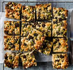 Loaded With Goodness LCM Bars – Wholefood Simply - Blätterteig Rezepte Herzhaft Healthy Slice, Healthy Bars, Healthy Sweets, Healthy Baking, Healthy Snacks, Healthy Recipes, Fruit Snacks, Lunch Snacks, Vegetarian Recipes