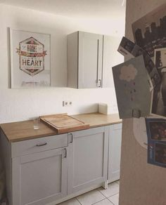 Pine Kitchen, Rustic Kitchen, Knoxhult Ikea, Kitchen Storage Hacks, Small Apartment Kitchen, Küchen Design, Little Houses, Small Apartments, Home Kitchens