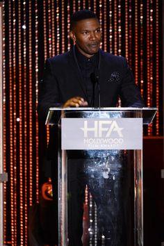 Pin for Later: Die Stars starten in die Award Season bei den Hollywood Film Awards Jamie Foxx