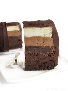 Totally chocolate ombre cake #recipe