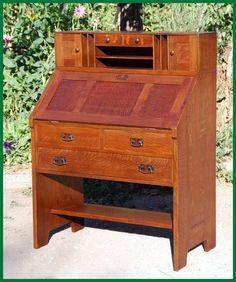 Rare and original L. & J.G. Stickley Drop-front desk circa 1906-1912