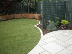 Small Garden Design Ideas - Lawns | Owen Chubb Garden Landscapes Like the green trellising