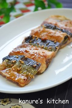 Our Family Recipe For Eel-Style (Kabayaki) Pacific Saury Fish Dishes, Seafood Dishes, Fish And Seafood, Seafood Recipes, Main Dishes, Cooking Recipes, Japanese Food, Japanese Recipes, Family Meals