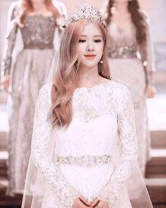 rose blackpink cute Im a queen . Foto Rose, Black Pink Kpop, Rose Icon, 168, Rose Park, Blackpink Photos, Blackpink Fashion, Park Chaeyoung, Jennie Blackpink