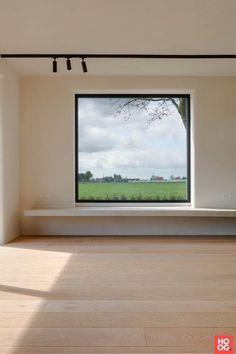 Nobel Flooring - Project Meer - Hoog ■ Exclusieve woon- en tuin inspiratie. House Extension Design, Window Benches, Interior Windows, Living Room Windows, Minimalist Interior, Window Design, Bay Window, Windows And Doors, Home Interior Design