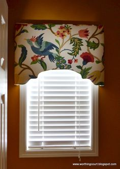 23 Amazing DIY Window Treatments That Will Make Your Home Cozy. Very good tutorial for cornice