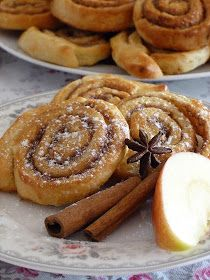 Czechia : The Magic of my Home mého domova Sweet Recipes, Cake Recipes, Czech Recipes, Biscuit Cookies, Keto Bread, Sweet And Salty, Food And Drink, Cooking Recipes, Yummy Food