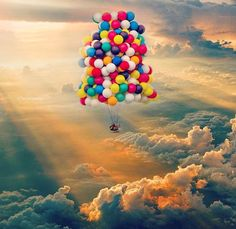 Discovered by Edith CE. Find images and videos about sky and balloons on We Heart It - the app to get lost in what you love.