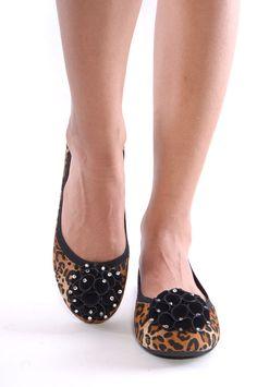 Leopard Printed Flats!! (a favourite VIP fashion au repin of www.vipfashionaustralia.com )