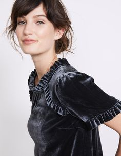 Your classic tee just got a whole lot more luxurious. In a decadent silk-blend velvet, it's full of romantic detail thanks to pretty ruffles down the front, around the neck and on the cuffs. Velvet T Shirt, Velvet Tees, Mature Fashion, Love Fashion, Womens Fashion, Velvet Fashion, Blouse Styles, Fashion Dresses, Vogue