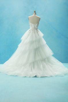 Disney Fairy Tale Weddings - Cinderella Love the creeping jewels