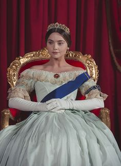 VICTORIA season 3 has been confirmed by ITV and will see Jenna Coleman and Tom Hughes returning to their roles for a third outing this year. Queen Victoria Pbs, Victoria Tv Show, Victoria 2016, Victoria Itv, Victoria Series, Victoria Post, Queen Victoria Prince Albert, Victoria Costume, Victoria Dress