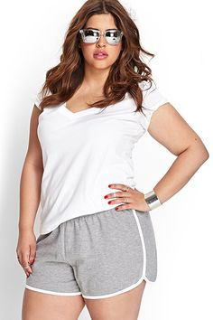 e2395bfb7a 12 Plus-Sized Athletic Buys To Rev Up Your Gym Flow  refinery29 http