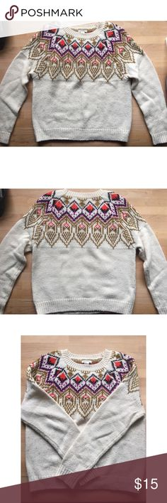 1f106e07a798 Forever 21 Sweater in Women Size  M This sweater is perfect during  Thanksgiving or Christmas