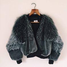 Gallery - TDS Hawarden Diva Fashion, Korean Fashion, Fashion Outfits, Womens Fashion, Fashion Design, Fur Fashion, Winter Wear, Autumn Winter Fashion, Black Faux Fur Coat