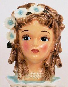 Magnifique vase vintage à l'effigie d'une tête de femme. ::: Woman's head vintage vase.