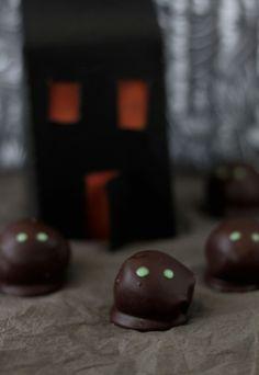 Tinkas Welt: Halloween  - Schokotrüffel-Geister und -Monster