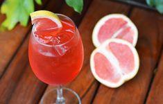 Drinks com Gin: Bloody Orange Spritz Bebida Gin, Drink Menu, Food And Drink, Spritz Drink, Good Food, Yummy Food, Blood Orange, Summer Drinks, Bartender