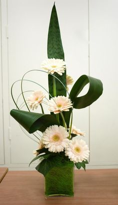 Men bouquet salmon-coloured gerberas*