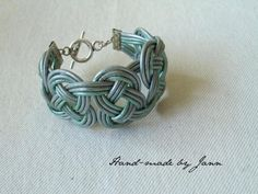 Hand-woven leather cuff - Hand-made by Jann
