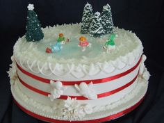 This Christmas cake started life as a wedding cake and was converted when the wedding was cancelled o-O