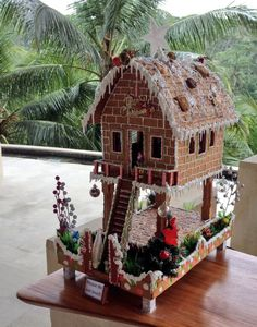 A Gingerbread House in Bali All sizes Graham Cracker Gingerbread House, Halloween Gingerbread House, Gingerbread House Template, Cool Gingerbread Houses, Gingerbread House Designs, Gingerbread House Parties, Gingerbread Decorations, Gingerbread Crafts, Gingerbread Village