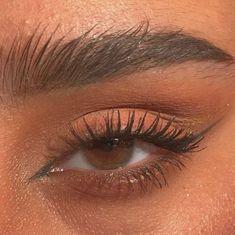 eyeliner inner corner of eye \ eyeliner inner corner . eyeliner inner corner of eye Edgy Makeup, Cat Eye Makeup, Grunge Makeup, Natural Eye Makeup, Cute Makeup, Pretty Makeup, Skin Makeup, Eyeshadow Makeup, Makeup Inspo