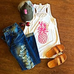 Our Spring break outfit of the week❤️❤️❤️