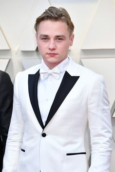 Ben Hardy on the Oscars Red Carpet Oscars Red Carpet Arrivals 2019 - Oscars 2019 Photos Ben Hardy, Girls Wear, Women Wear, Most Stylish Men, Roger Taylor, Revival Clothing, Star Wars, Best Dressed Man, Look Thinner