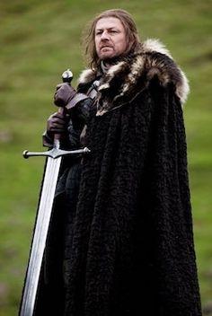 Game of Thrones Ned Stark is the father of Sansa, Arya, Robb, Bran and Jon Snow. Find the best Ned Stark costume ideas here. Ned Stark, Eddard Stark, Game Of Thrones Episodes, Game Of Thrones Costumes, Game Of Thrones Cast, Game Of Thrones Houses, George Rr Martin, Game Of Thrones Instagram, Got Costumes