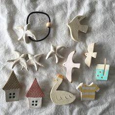おうちでできる小さな陶芸。<オーブン粘土>ですてきな雑貨を作ろう♪ Ceramic Jewelry, Ceramic Beads, Ceramic Clay, Clay Jewelry, Jewellery, Diy Clay, Clay Crafts, Diy And Crafts, Pottery Techniques